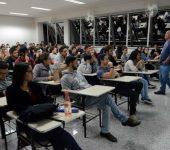 Saae-Sorocaba compartilha experiência e conhecimento com universitários