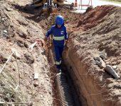 Autarquia implanta de rede coletora de esgoto no bairro Inhaíba