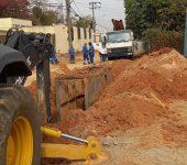 Rua Augusto Lippel recebe obras de pavimentação e trecho tem desvio momentâneo de trânsito