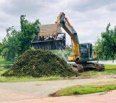 Prefeitura de Sorocaba intensifica trabalhos para remoção das plantas aquáticas do Parque das Águas
